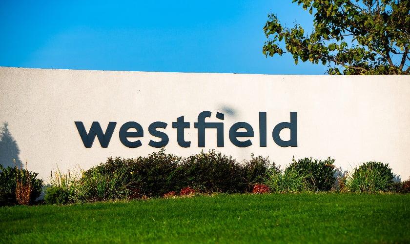 Intrarea în cartierul Westfield.